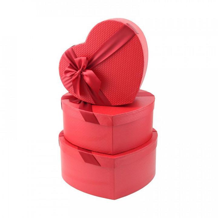 Коробка Амур Красное сердце 27*23*11,5 см